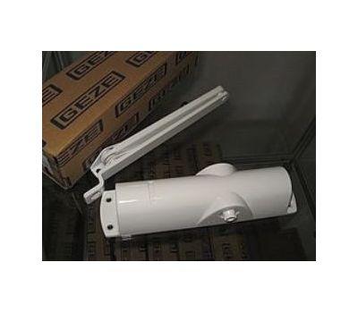 Дверной доводчик Geze TS 1000 C в белом цвете
